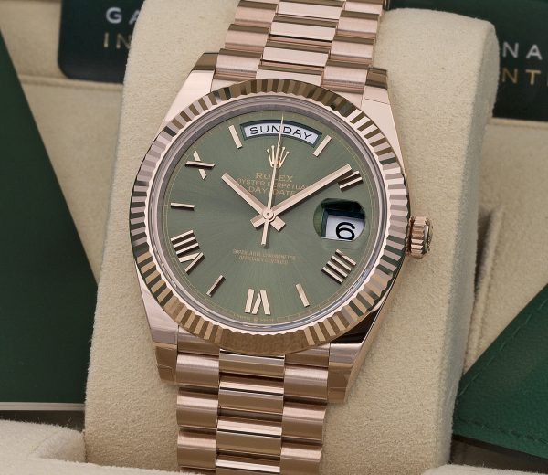 ROLEX DAY-DATE 40 228235 OLIVE GREEN DIAL